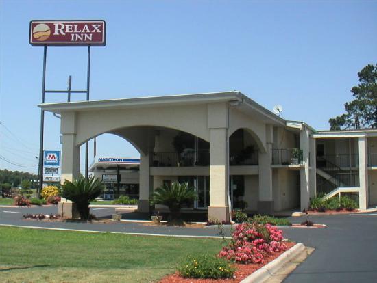 Relax Inn motel