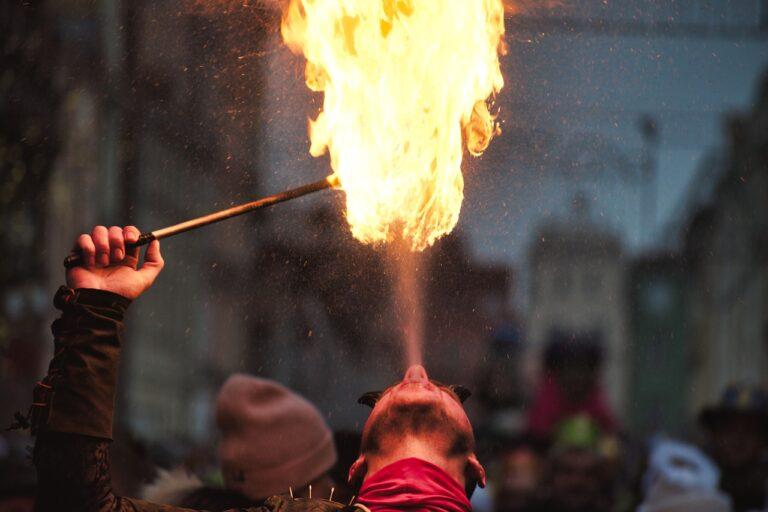 Feuershow als Showeinlage